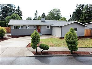 Photo of 3405 SE 166TH PL, Portland, OR 97236 (MLS # 19180027)