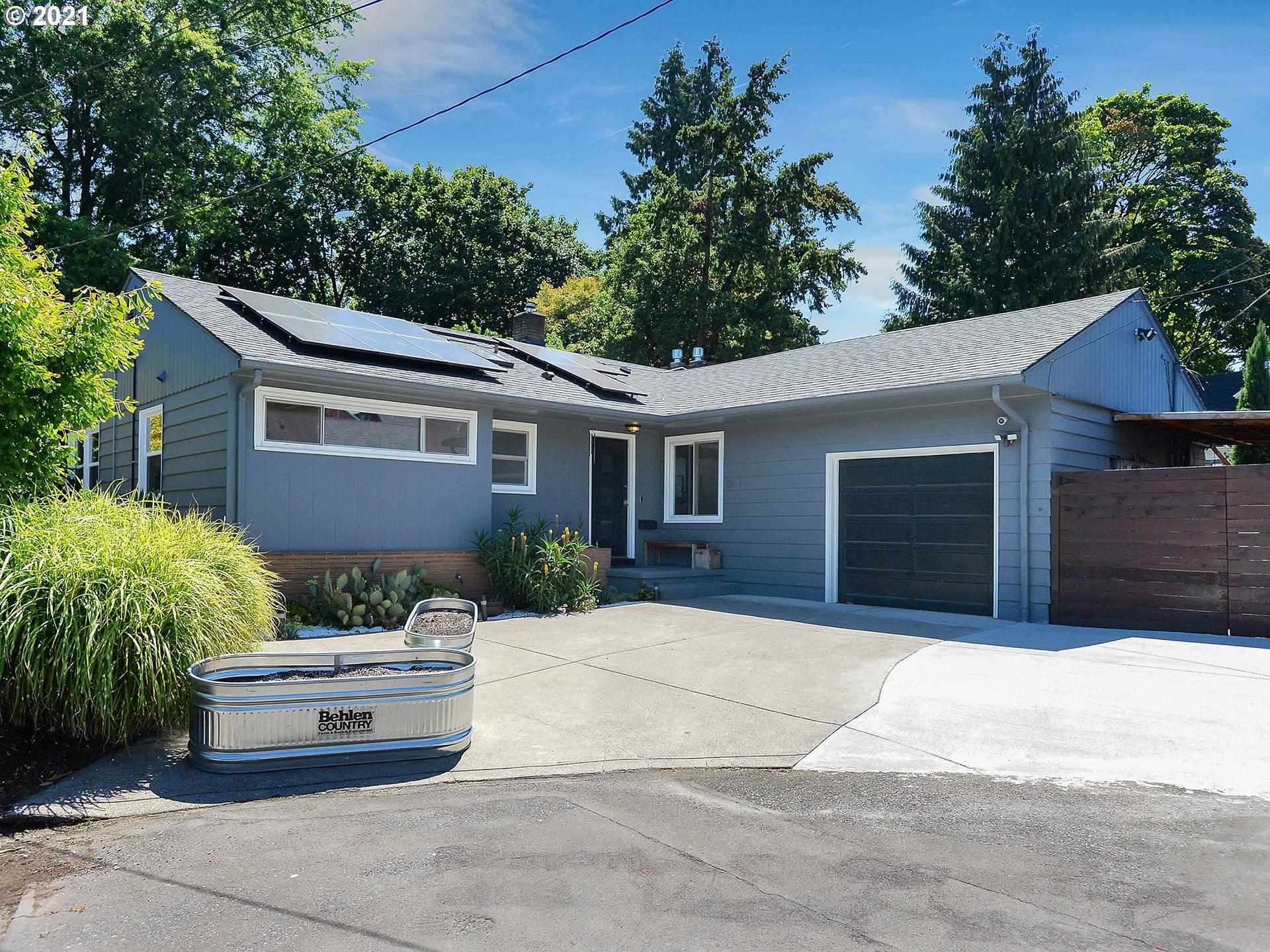 5904 NE 34TH AVE, Portland, OR 97211 - MLS#: 21219027