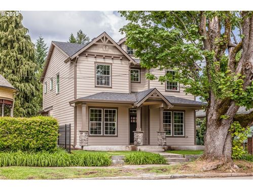 Photo of 6815 N PORTSMOUTH AVE, Portland, OR 97203 (MLS # 19140029)