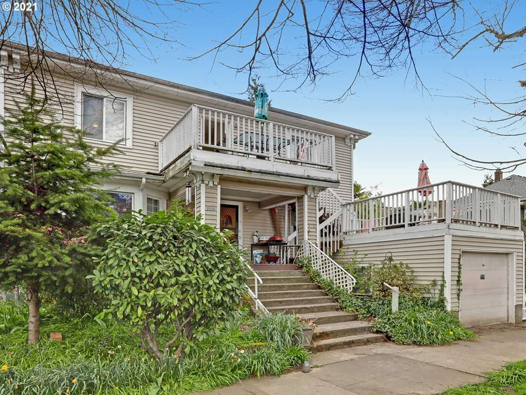 215 NE 29TH AVE, Portland, OR 97232 - MLS#: 21096031