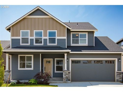 Photo of 2723 LILLY DR, Hood River, OR 97031 (MLS # 20128033)