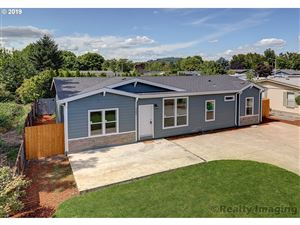 Photo of 3242 MAIN ST, Forest Grove, OR 97116 (MLS # 19356034)