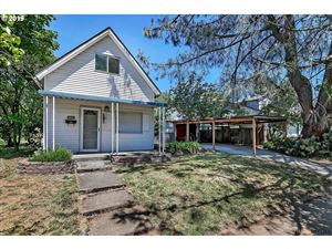Photo of 5823 SE FRANCIS ST, Portland, OR 97206 (MLS # 19437035)