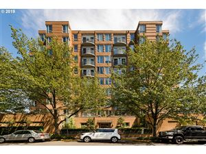 Photo of 1132 SW 19TH AVE 212 #212, Portland, OR 97205 (MLS # 19460037)