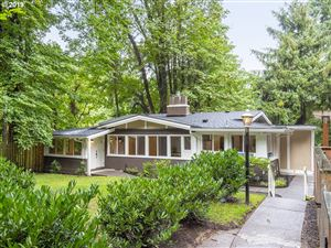 Photo of 2909 SW UPPER DR, Portland, OR 97201 (MLS # 19505038)