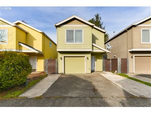 Photo of 1904 SE 122ND AVE #9, Portland, OR 97233 (MLS # 19380040)