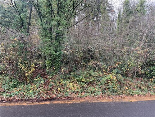 Photo of SE 109TH AVE, Portland, OR 97266 (MLS # 20285040)