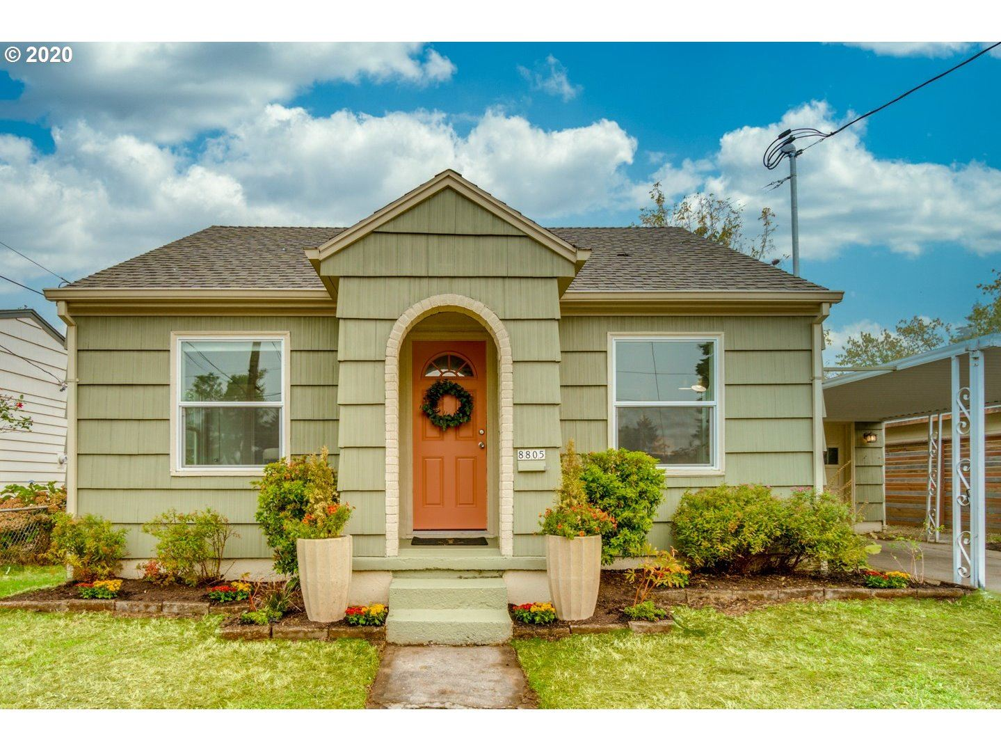 8805 E BURNSIDE ST, Portland, OR 97216 - MLS#: 20670040