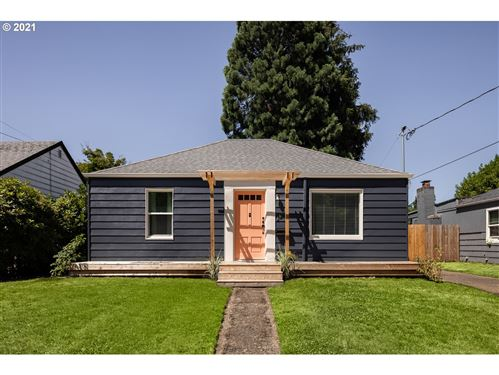 Photo of 4647 SE 46TH AVE, Portland, OR 97206 (MLS # 21642042)