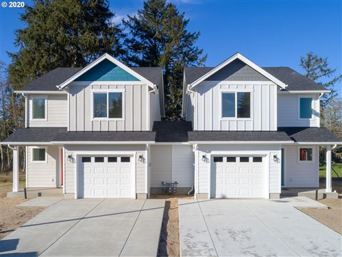 Photo of 35 NW 6th PL, Warrenton, OR 97146 (MLS # 20404043)