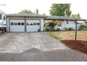 Photo of 2251 NE 132ND AVE, Portland, OR 97230 (MLS # 19082046)