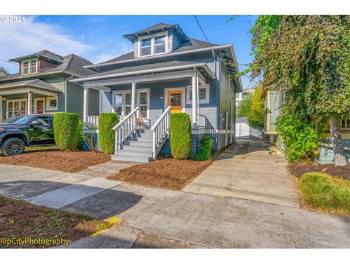 Photo of 4131 NE CLEVELAND AVE, Portland, OR 97211 (MLS # 21401050)