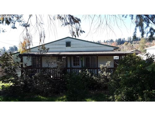 Photo of 481 D ST, Lowell, OR 97452 (MLS # 19273056)