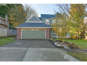 Photo of 761 NICOLE DR, West Linn, OR 97068 (MLS # 19379056)