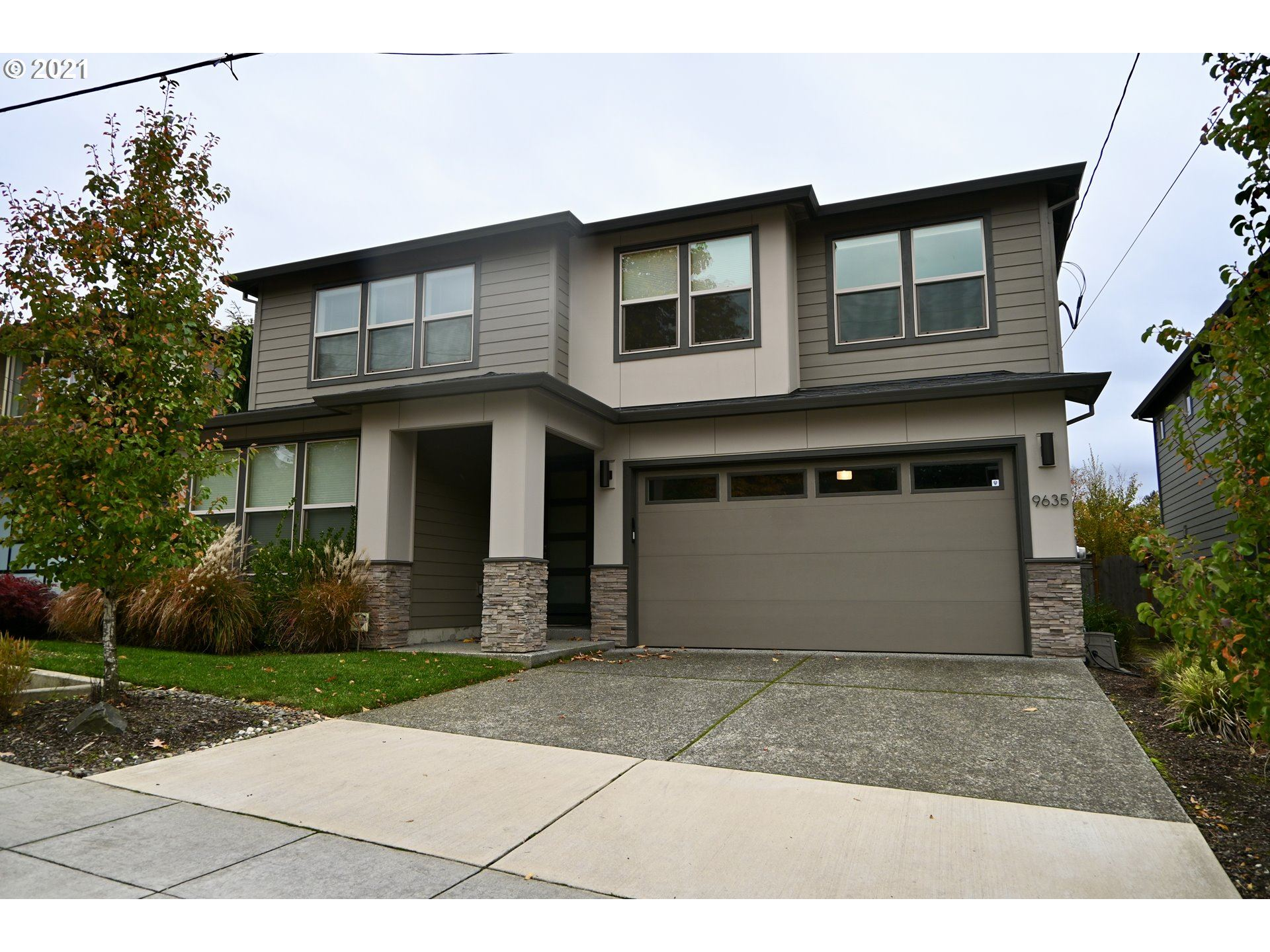 9635 SW 48TH AVE, Portland, OR 97219 - MLS#: 21593056