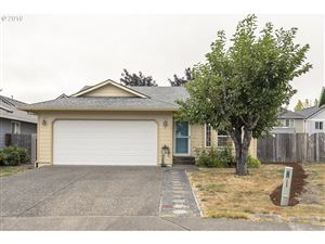 Photo of 1101 SW TOBIAS WAY, Beaverton, OR 97003 (MLS # 19026057)
