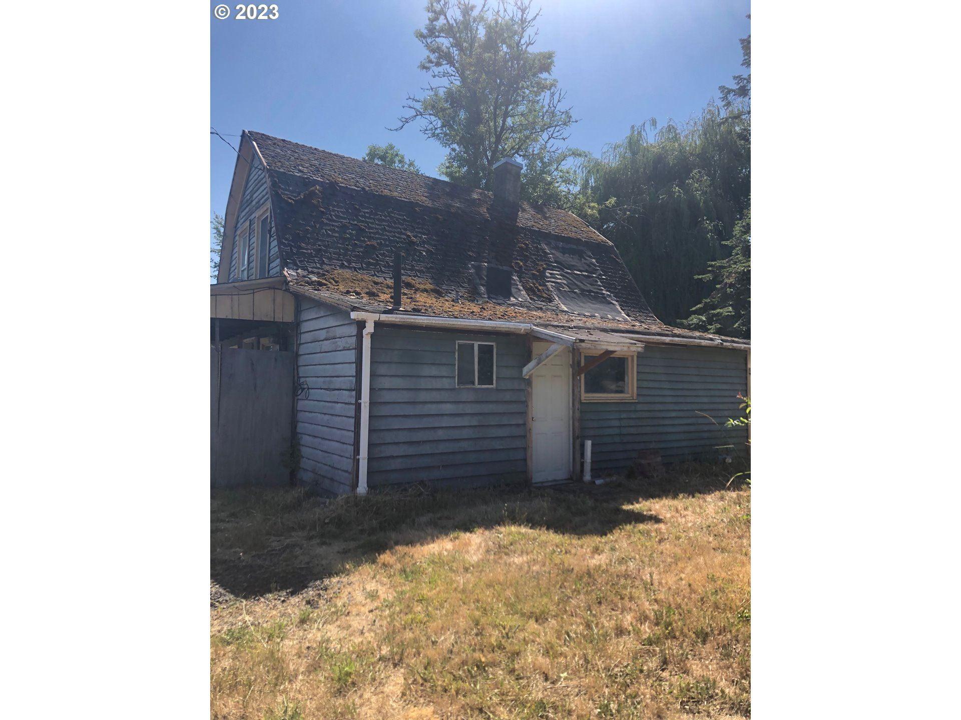 Photo of 510 NE HILL ST, Sheridan, OR 97378 (MLS # 20653057)