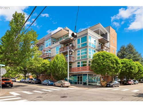 Photo of 3913 NE HANCOCK ST #301, Portland, OR 97212 (MLS # 21304059)