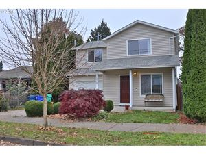 Photo of 10238 N MOHAWK AVE, Portland, OR 97203 (MLS # 19066064)