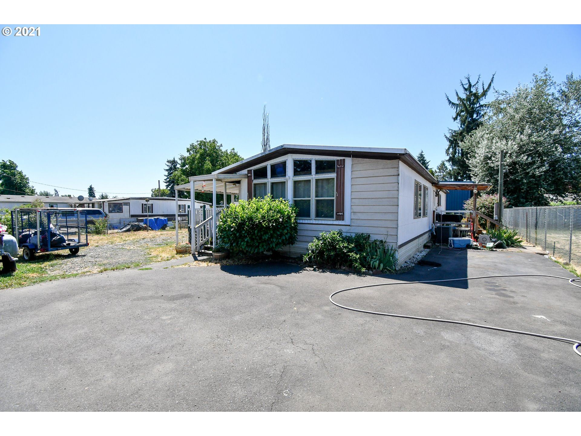 1270 34TH ST, Springfield, OR 97478 - MLS#: 21649064