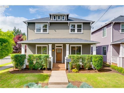 Photo of 6001 SE STEELE ST, Portland, OR 97206 (MLS # 20329071)