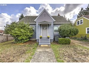 Photo of 4520 SE 71ST AVE, Portland, OR 97206 (MLS # 19187072)