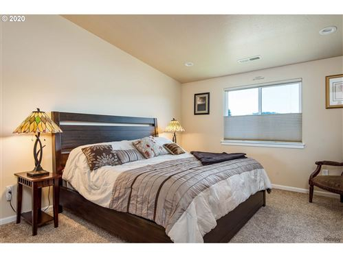 Tiny photo for 1107 BRADSHAW LN, Creswell, OR 97426 (MLS # 20478073)