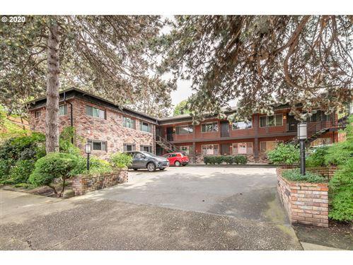 Photo of 2026 NE HANCOCK ST, Portland, OR 97212 (MLS # 20597075)
