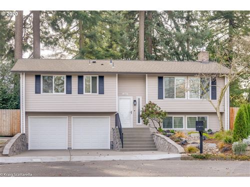 Photo of 13214 SE ANKENY CT, Portland, OR 97233 (MLS # 20351076)