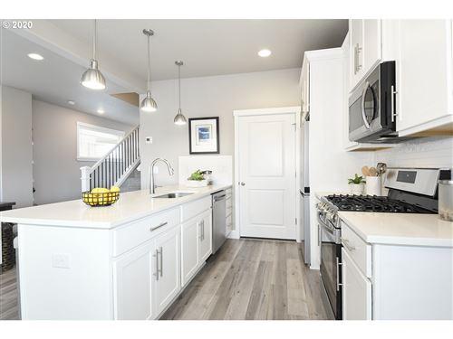 Tiny photo for 471 NE 81st AVE, Hillsboro, OR 97123 (MLS # 20305078)