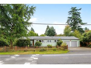 Photo of 7450 SW CANYON LN, Portland, OR 97225 (MLS # 19236079)