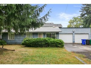Photo of 37 SE 192ND AVE, Portland, OR 97233 (MLS # 19566079)