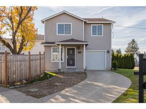Photo of 6317 SE 100TH AVE, Portland, OR 97266 (MLS # 19150081)