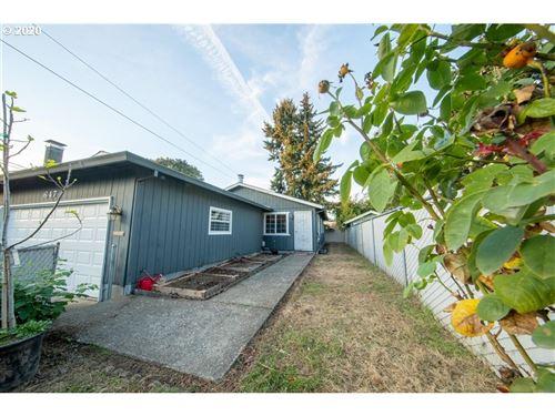 Photo of 647 NE BUFFALO ST, Portland, OR 97211 (MLS # 20526082)
