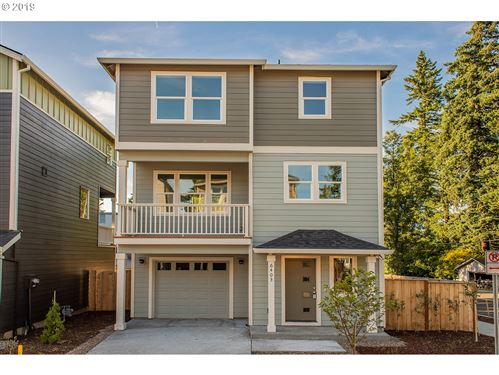 Photo of 6427 SE 134TH AVE, Portland, OR 97236 (MLS # 19437083)