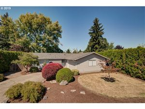 Photo of 509 NW 22ND ST, McMinnville, OR 97128 (MLS # 19343085)