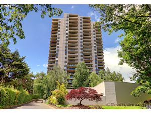 Photo of 2309 SW 1ST AVE 1043 #1043, Portland, OR 97201 (MLS # 19048087)