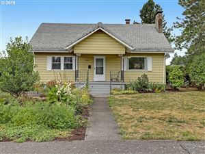 Photo of 6027 SE CARLTON ST, Portland, OR 97206 (MLS # 19300088)