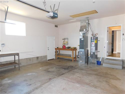 Tiny photo for 936 ODOM LN, Creswell, OR 97426 (MLS # 20364091)