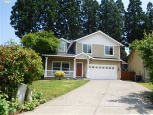 Photo of 1616 SW DERRILL PL, Aloha, OR 97003 (MLS # 19489092)