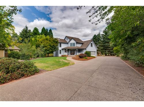 Photo of 2476 NW CRIMSON CT, McMinnville, OR 97128 (MLS # 21394092)