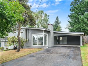 Photo of 6145 SW EVELYN ST, Portland, OR 97219 (MLS # 19041093)