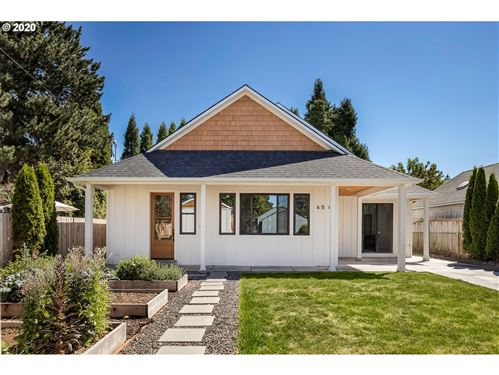 Photo of 4840 NE 47TH AVE, Portland, OR 97218 (MLS # 20394097)