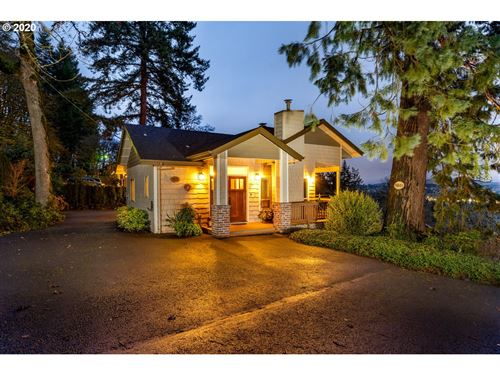 Photo of 5801 SKYLINE DR, West Linn, OR 97068 (MLS # 19331098)