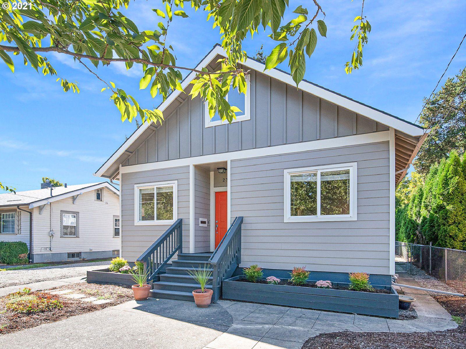 235 NE 84TH AVE, Portland, OR 97220 - MLS#: 21529101