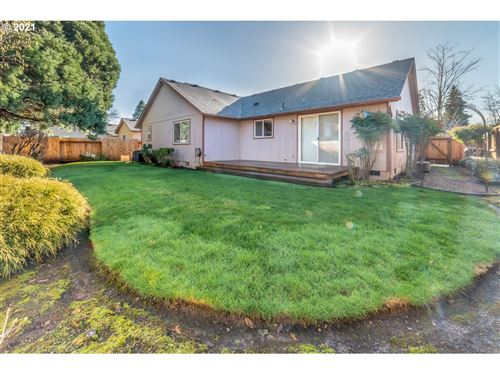 Tiny photo for 311 EXETER AVE, Eugene, OR 97404 (MLS # 20674102)