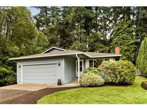 Photo of 5810 SW NEVADA CT, Portland, OR 97219 (MLS # 19335105)