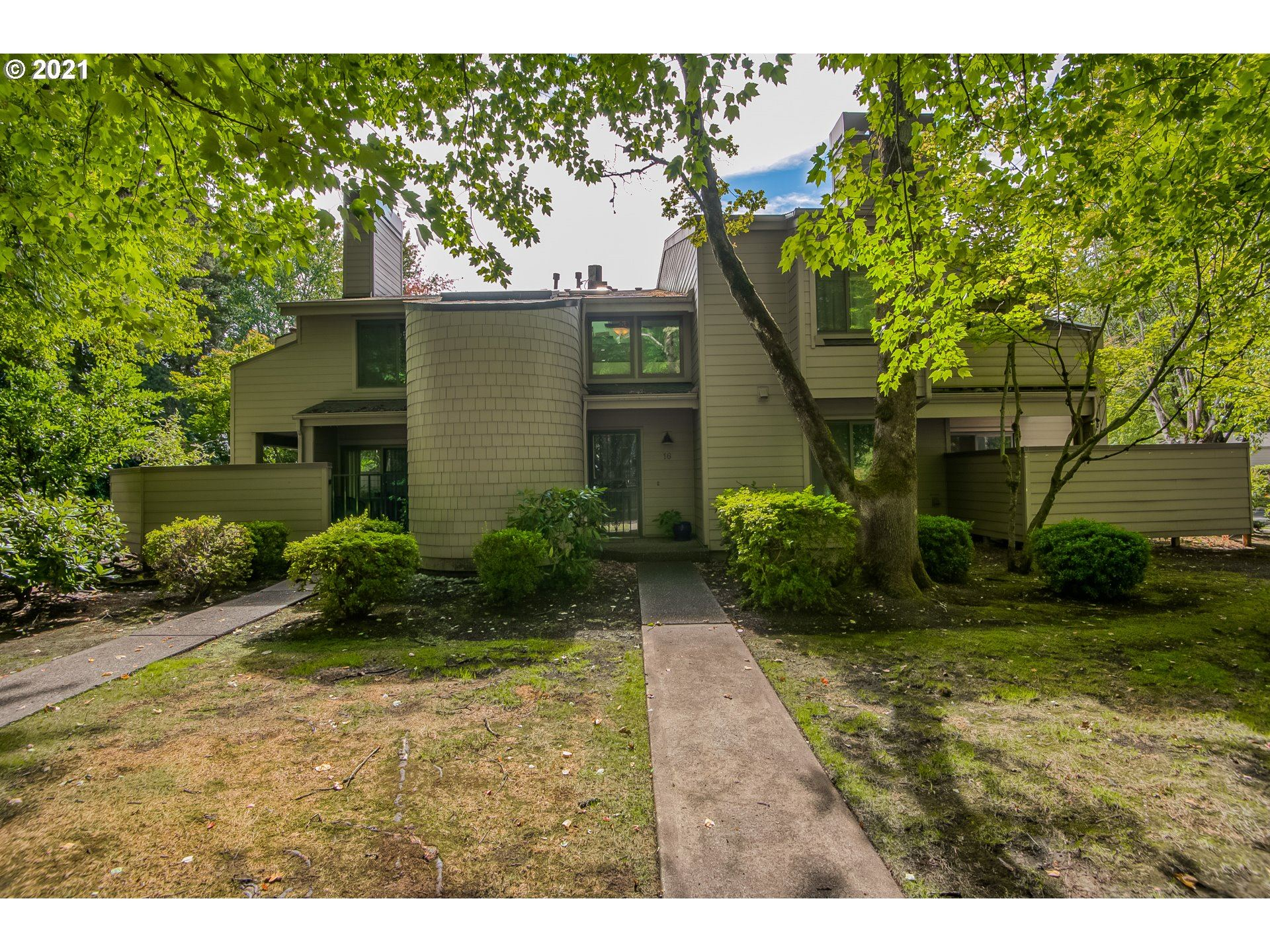 Photo of 1755 NW 143RD AVE #16, Portland, OR 97229 (MLS # 21606105)