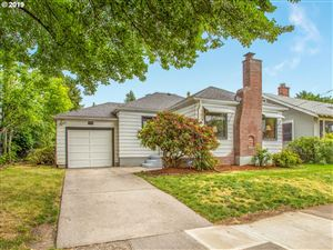 Photo of 7716 SE 20TH AVE, Portland, OR 97202 (MLS # 19237106)