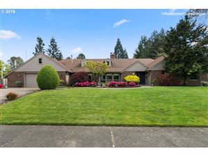 Photo of 977 NW 170TH DR, Beaverton, OR 97006 (MLS # 19375106)